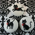 3 Black Cat Buttons 22mm