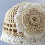 Girls Crochet Hat Beige White with Detachable Flower Baby Shower Newborn