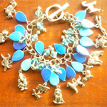 Dog Breeds, 12 pewter dogs charm bracelet in Blues Free Postage