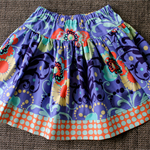 ** FREE SHIPPING - Ready to post ** Size 7 Floral Spotty Twirly Skirt