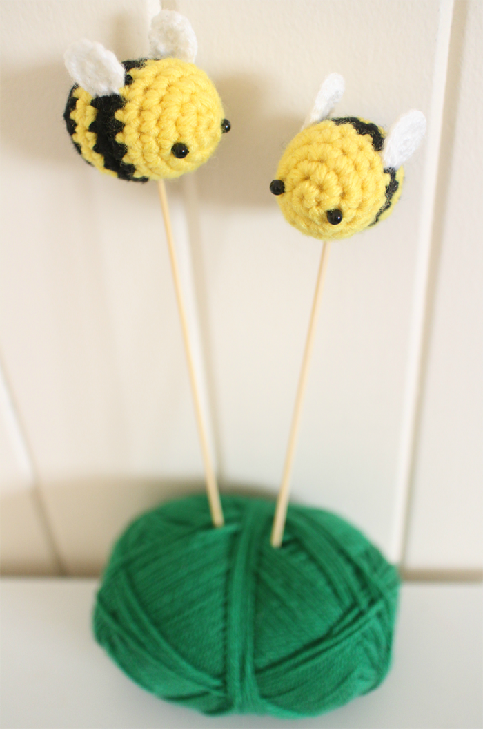 How To Make Bumble Bee Cake Decorations