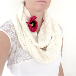 Snow Cowl with Poppy