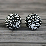 Buy 2 pairs and get a third set free (Fabric button studs only). Fractures