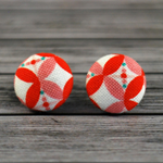 Buy 3 pairs and get 4th set free (Fabric button studs only). petals pink/orange