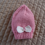 Size 2-4 yrs - Pink beanie with knitted bow; washable,  by CuddleCorner