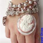 """PRINCESS SABINE"" bracelet"