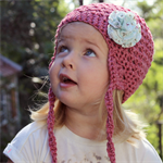 crochet beanie | little girl | rose pink wool bamboo | flower clip detail
