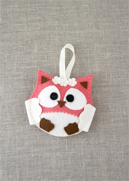Lavender owl, sachet, felt, watermelon red, cream, ribbon