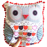 Printed & Pom Pom Owl Pillow - White