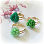 Ivy Ring Set. Flower Vintage Leaf Light Green Kelly Trio Girls Party Favour