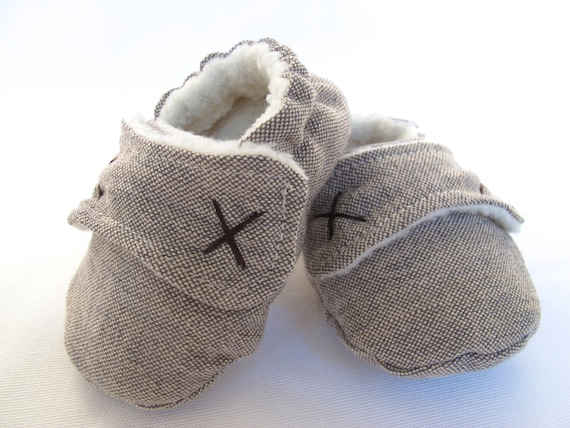 4c418608907cf Boys Baby Booties, Boys Baby shoes - Fleece lined for winter in ...