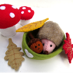 Felt Hedgehog and Acorn - Tiny Felt Autumn toys - Miniature Dollhouse animals