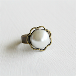 Antique Bronze Pearl Flower Ring