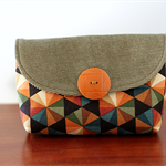 Cute retro pouch - vintage button