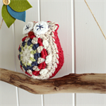 baby owl | crochet softie toy
