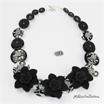 Blooming - Black Flowers Damask Black White Buttons - Necklace - Earrings