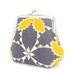 FREE POST Coin purse. Gorgeous linen/cotton fabric.