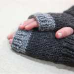 Children's fingerless gloves - charcoal grey / soft merino wool / 4-7 years