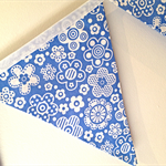 Pretty blue and white flower bunting!