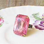 Azalea Cocktail Ring. Vintage Glass Stone Pink Glam Statement Ring Hollywood