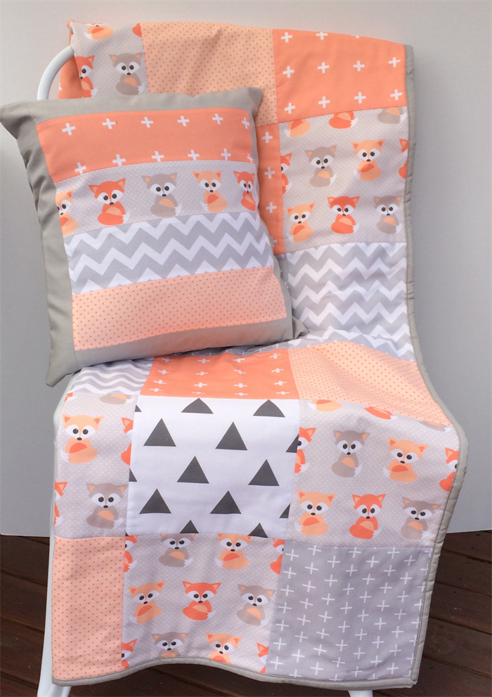 Patchwork Cot Quilt w/ Peach Baby Foxes and Gray patterns | Danoah ... : cot patchwork quilt patterns - Adamdwight.com