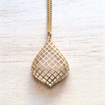 MATTE GOLD GRID PENDANT NECKLACE - FREE SHIPPING WORLDWIDE
