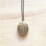 BRASS FLORAL LOCKET PENDANT NECKLACE - FREE SHIPPING WORLDWIDE