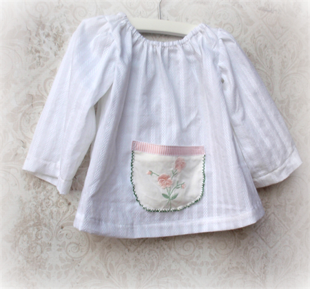 Girls breezy top with up-cycled doily pocket. Sizes 00 ~ 4