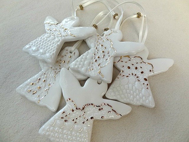 Porcelain christmas decorations white gold ceramic