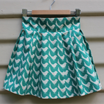 Size 3-4yr pleat skirt Japanese cotton white little bird on turquoise background
