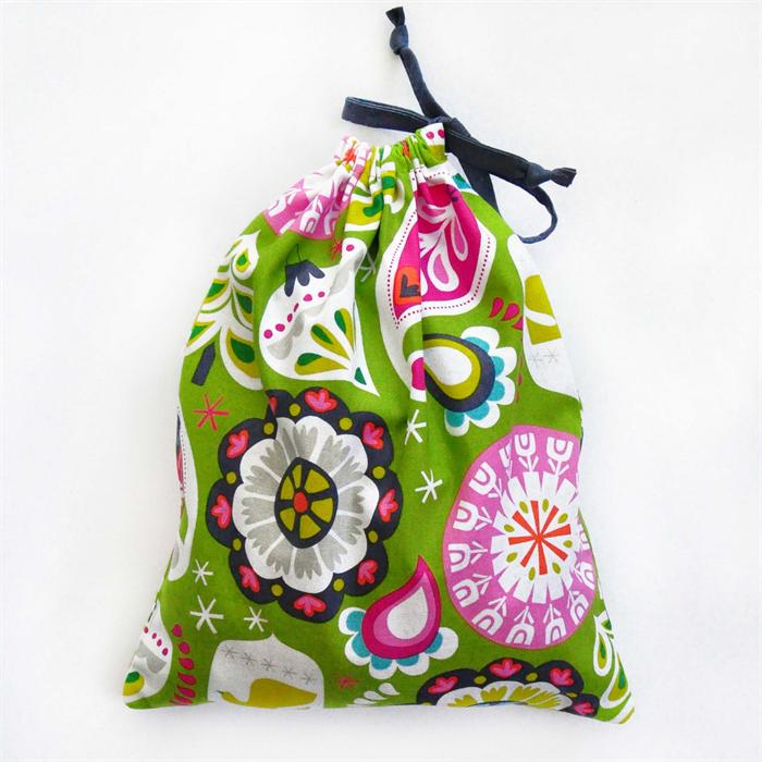 Christmas Gift Bag - Reusable & Eco Friendly. Fabric Xmas Bag. Green ...