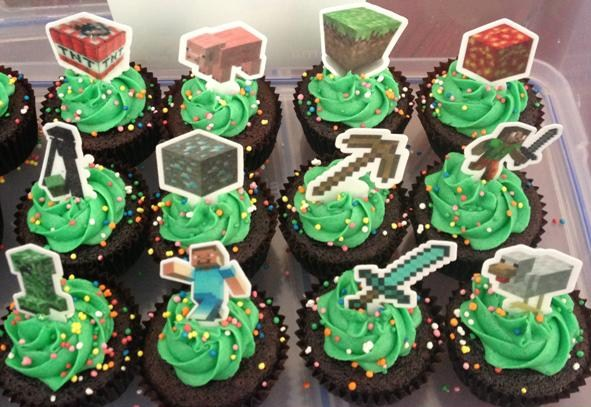12x EDIBLE wafer minecraft cupcake toppers Top That Cupcake