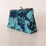 Blue Acanthus Purse - Free Postage
