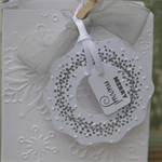 White and Grey Christmas Wreath Gift Tags ~ Decorations