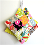 2 x Reversible Pretty Patchwork Pot Holders - Flower Garden & Lime chevrons