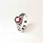 Madagascan Ruby (Genuine), 6.5mm x 1.66 carats, Round Cut, Sterling Silver Ring