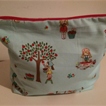 henry & stella hand sewn fully lined fabric large toiletry bag - little blue