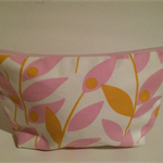 henry & stella hand sewn fully lined fabric makeup purse - climbing pink