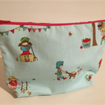 henry & stella hand sewn fully lined fabric makeup purse - little blue