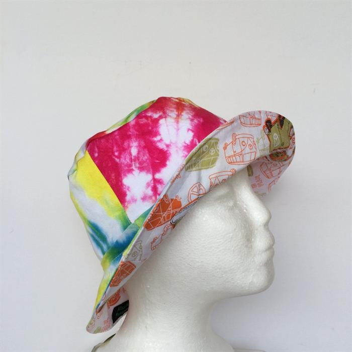Boy Better Know Hat: Tie Dye & Alien Reversible Bucket Hat