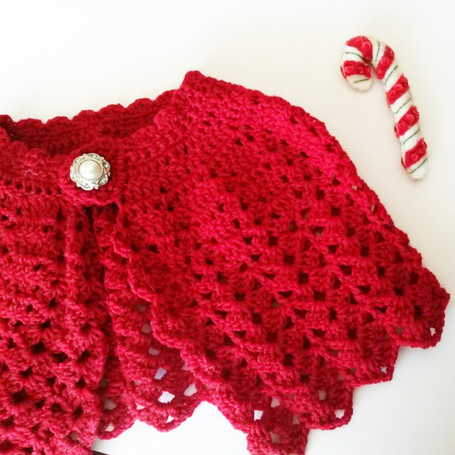Knitting Pattern For Baby Capelet : Red riding hood cape Christmas capelet Baby shrug crochet wool knit Dainty ...