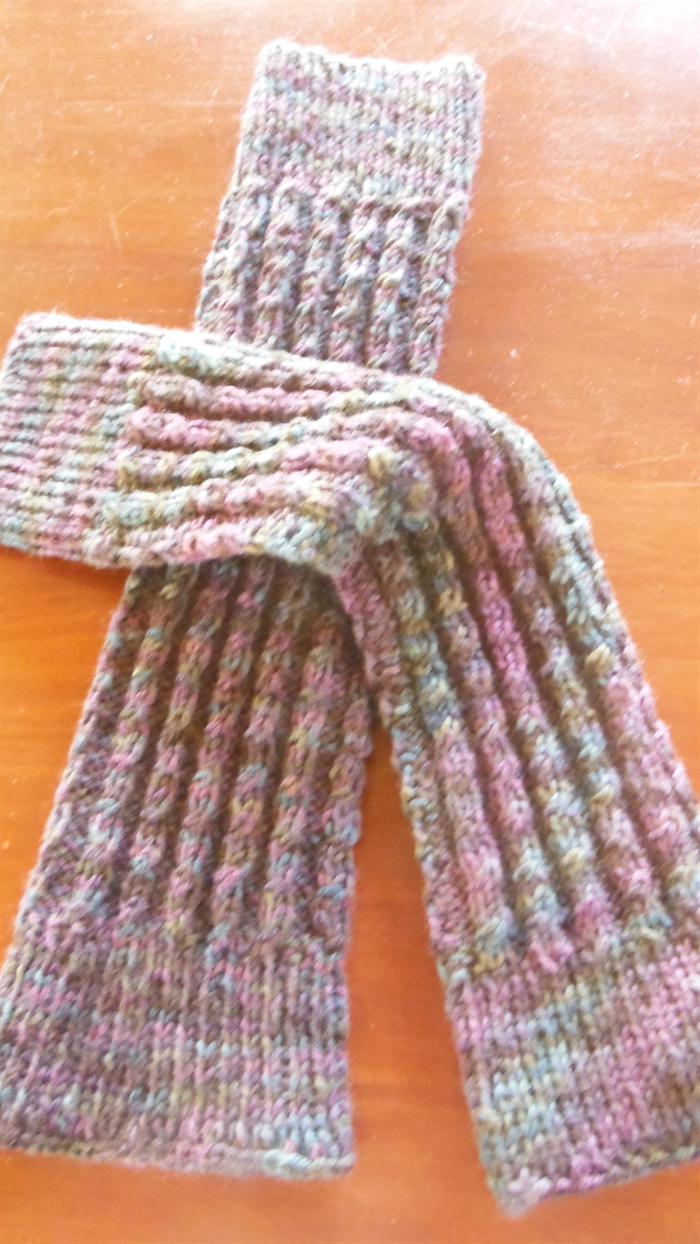 PDF knitting pattern Twist pattern legwarmers | joxamara | madeit.com.au
