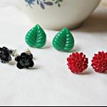 Nuit Earring Stud Set Earstuds Flower Red Green Black Vintage
