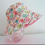 Girls summer hat in cute owl pattern