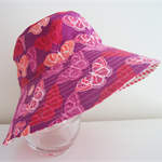 Girls summer hat in pretty butterfly pattern
