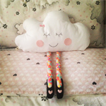 Clara cloud cushion