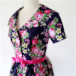 Navy and pink floral Betty Dress. Retro, Rockabilly, Vintage.  Beauty Queen