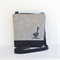 Canvas 'Jodi' bag med, beige fabric with black canvas base and back