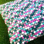 Felt ball floor cushion