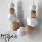 Swan white BPA free silicone and maple wood necklace for mums